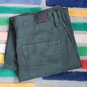American Eagle Dark Green Mom Jean 10 X Long